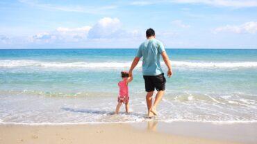 child dad beach